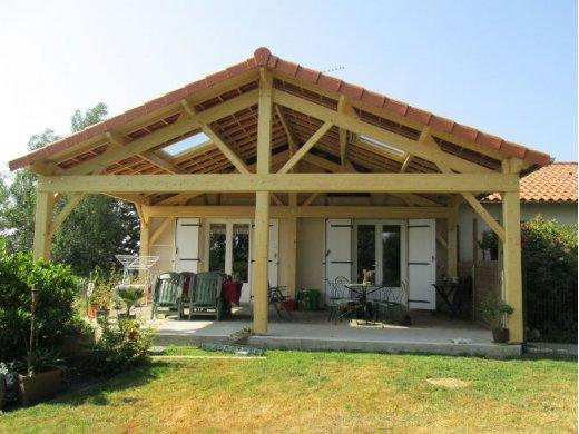 Fabrication d'un préau à St Rémy en Mauges (49)